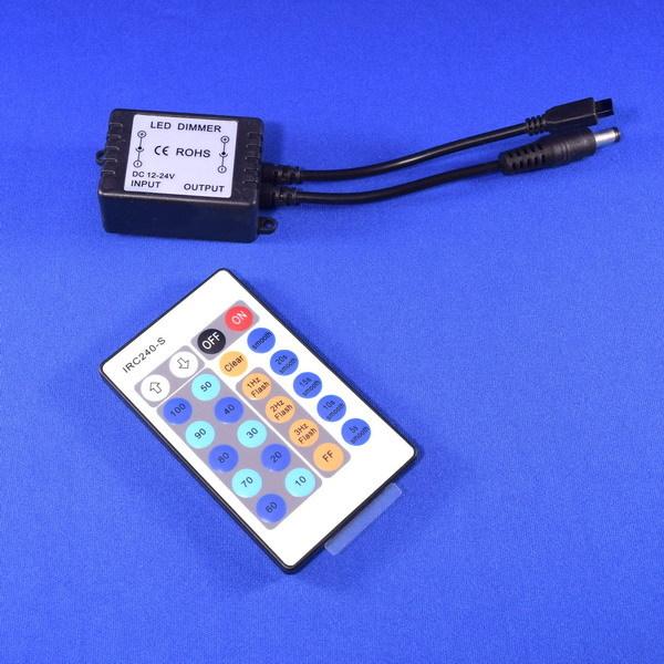 BeeLIGHTのLEDスティック専用 調光コントローラー「BST-Dimmer controller」の商品画像。