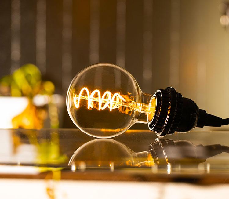 BeeLIGHTのLED電球「BD-0426G80-SPIRAL」の商品画像